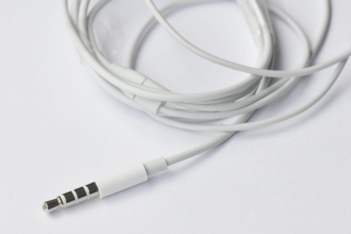 新到货3千条原装正品苹果MP3  IPOD TOUCH5 NANO7原配无麦克风EARPODS耳机 绝佳听感
