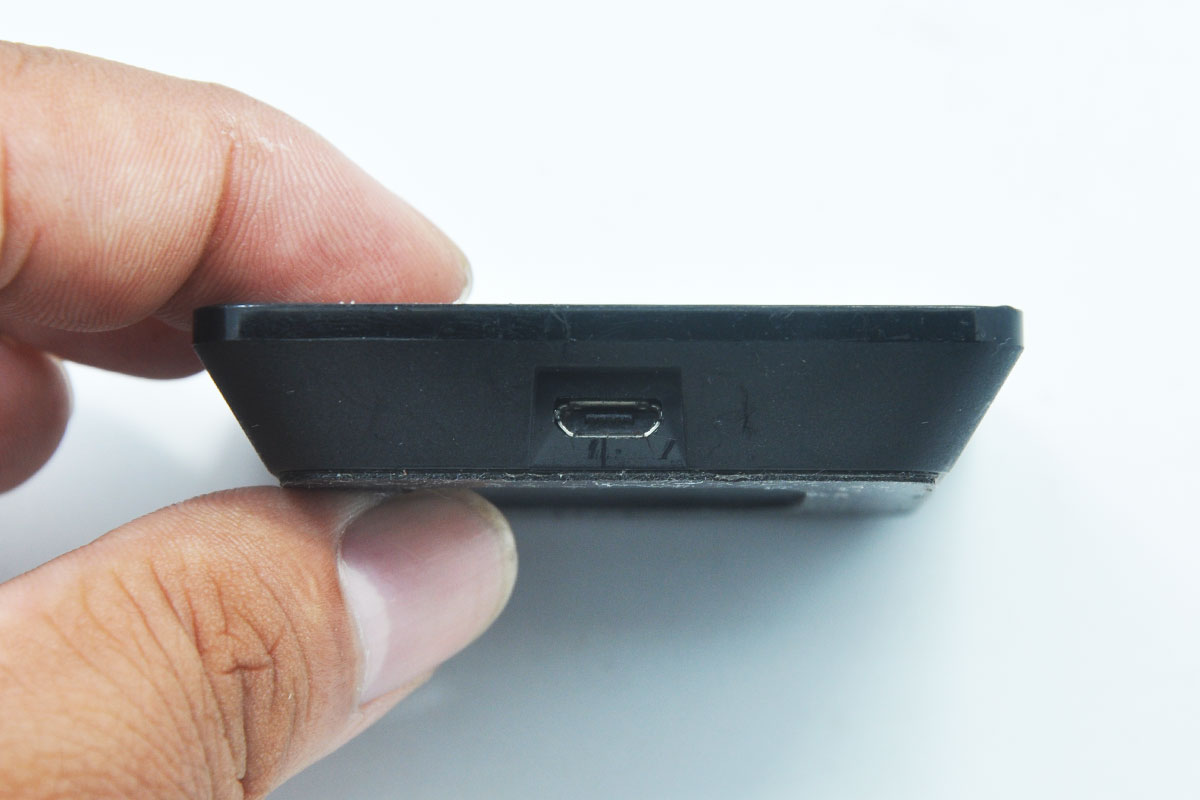 散装正品Google Nexus 1020-00054-01 Nexus 7 、5和4的通用QI无线充电器 A4P-A010