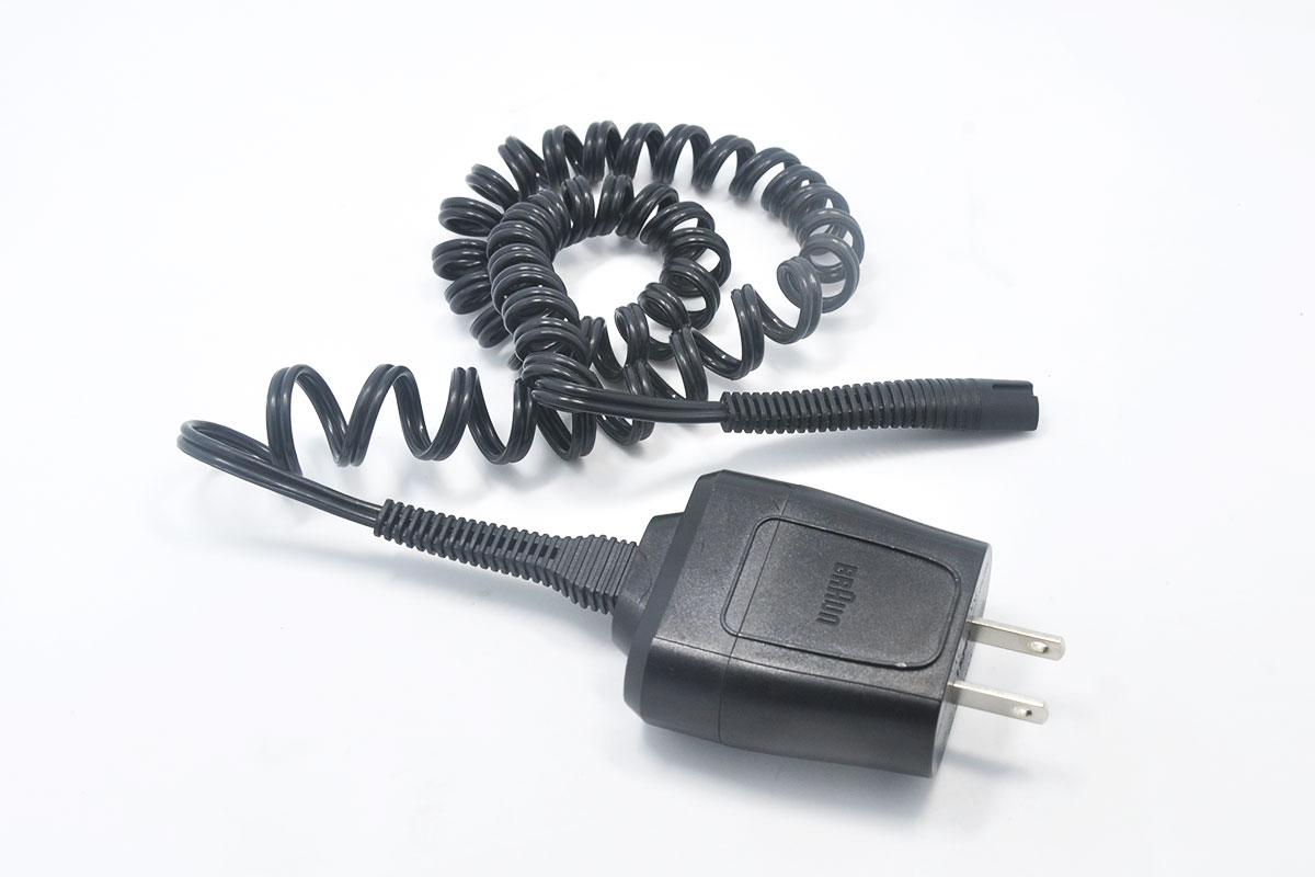 新到货170个黑色博朗BRAUN电动剃须刀专用3S线三角接口12V0.4A充电器电源型号5210