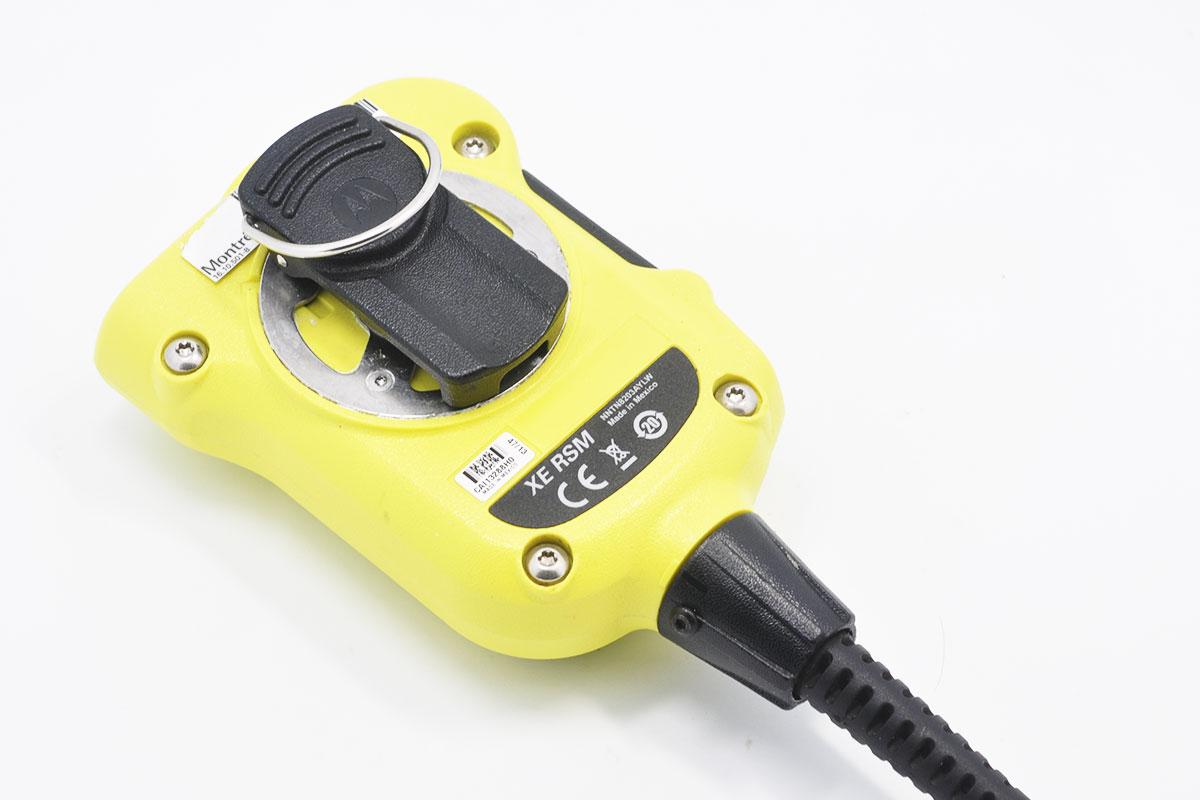 新到货摩托罗拉Motorola XE RSM对讲机apx7000手咪 p8668 p8268可用