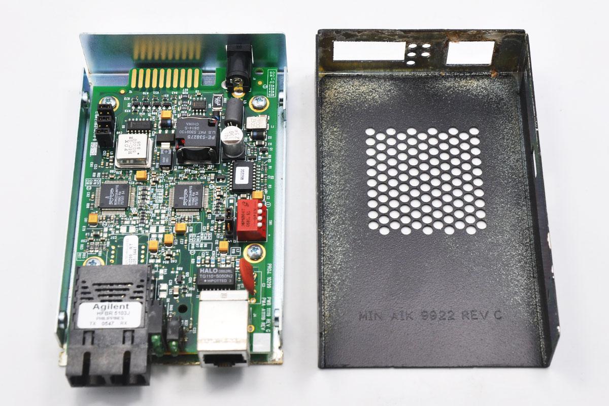 新到货7个Transition Networks E-100BTX-FX-05(SC) 100米2公里1300 nm光纤收发器