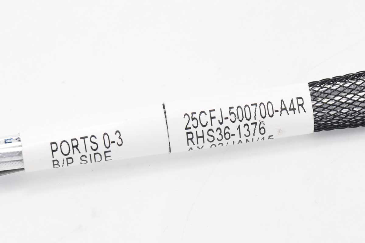 新到货485条53厘米Amphenol安费诺sata数据线 MINI SAS HD SFF-8643 一分四 SATA 服务器线 接SATA硬盘 25CFJ-500700-A4R RHS36-1376  PORTS 0-3 B/P SIDE
